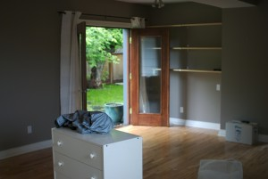 Pic 3 - Furniture and some